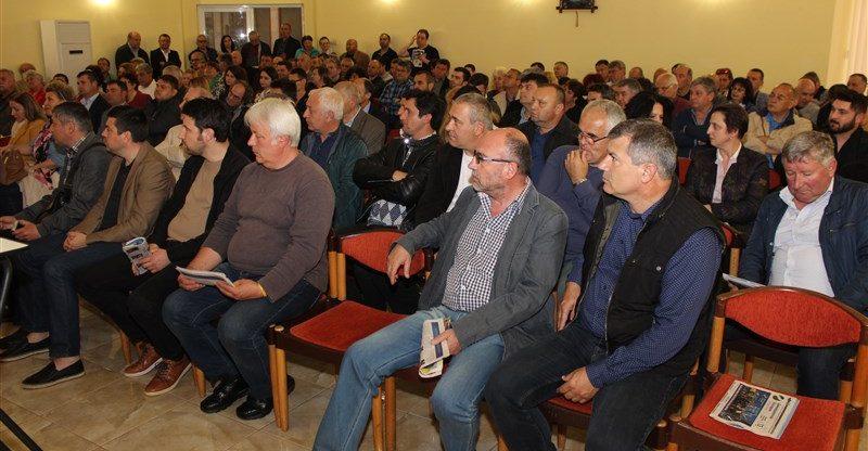 """Радан Кънев и Мартин Димитров: Изходът за страната е """"Демократична България"""""""