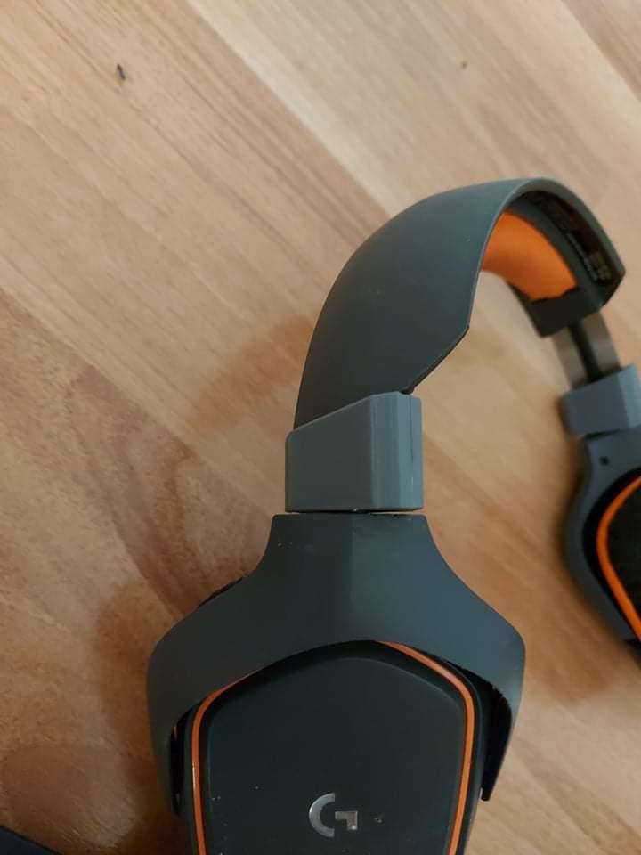 Оригиналния елемент е счупен, а новия го заменя с напълно запазени функции (ротация на 45 гр. на слушалката) и укрепена конструкция